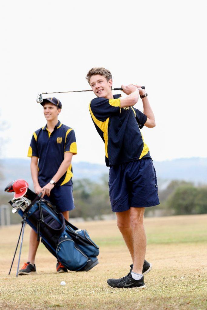 St Charles Golf Students